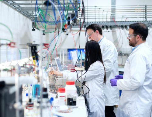 Un soci d'AEPe desenvolupa un estudi clínic contra la COVID-19